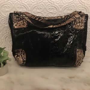 lightly used, chic, modern purse
